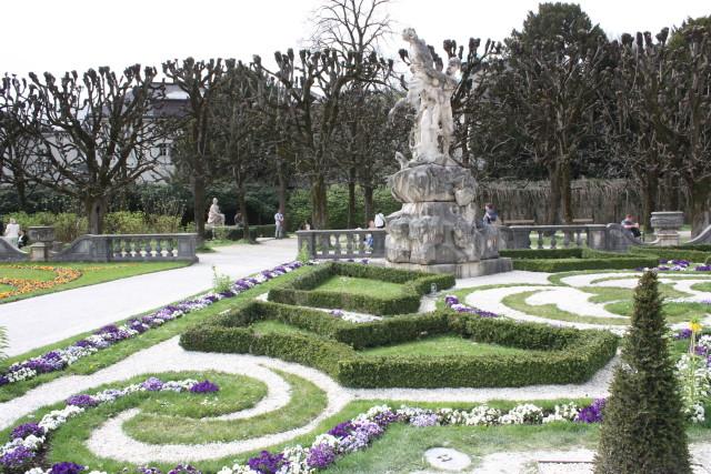 Giardini del castello di Mirabell a Salisburgo